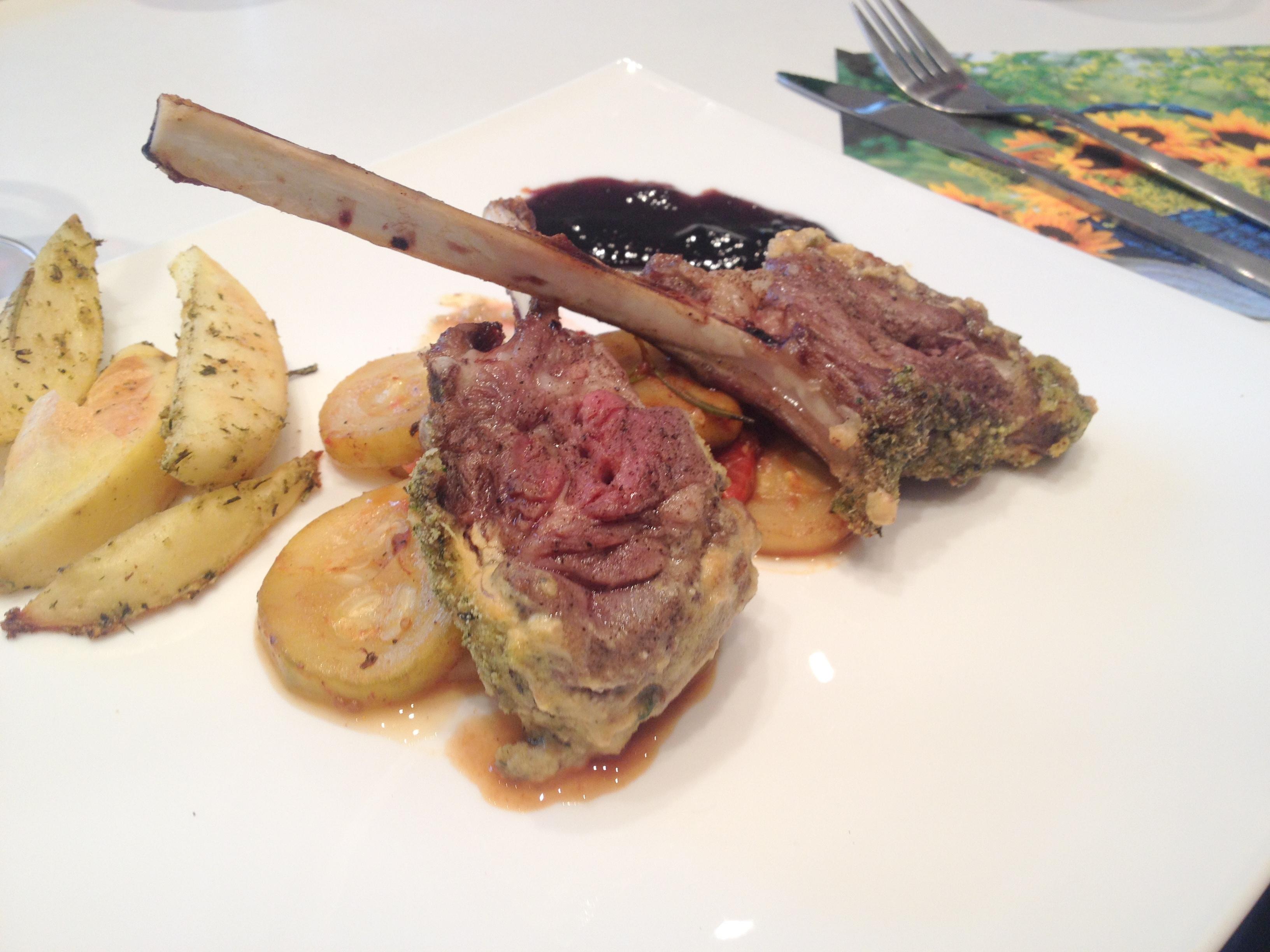 Ediția 1.3 cu echipa Andreea și Soso – cotlete de berbecuț la cuptor cu legume și cartofi cu rozmarin