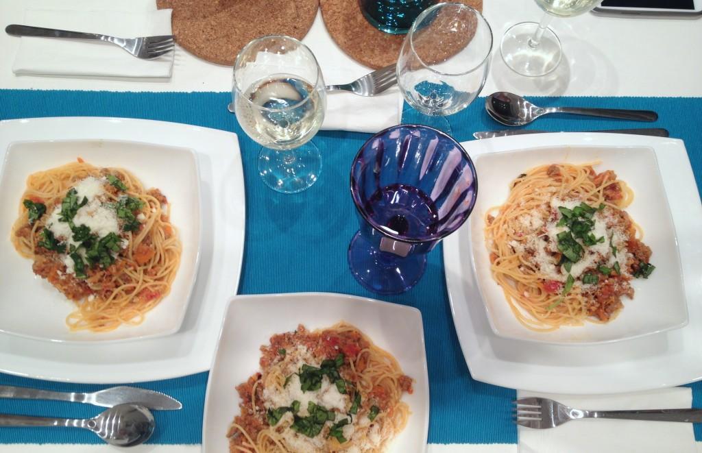 Masa cu spaghete bolognese - Sunday Chef