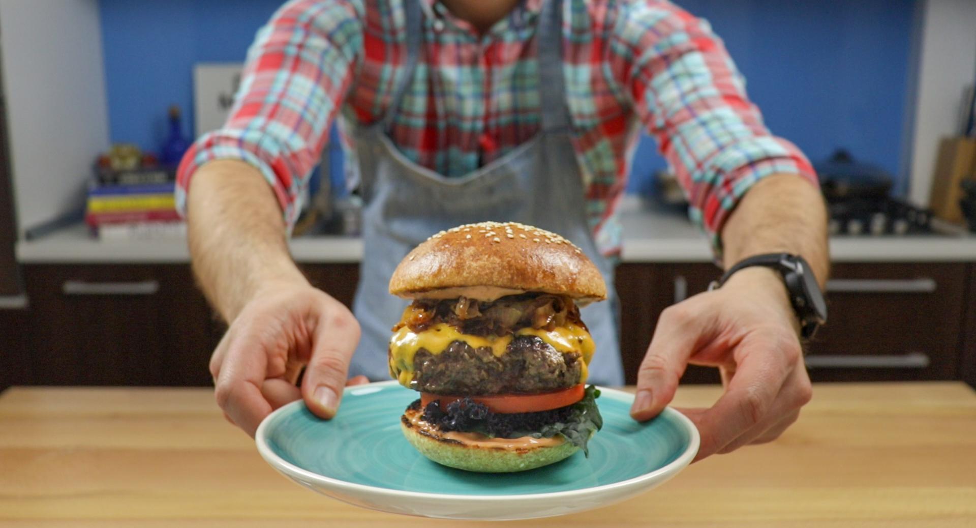 Chifla cu maia – Burger E.P.I.C